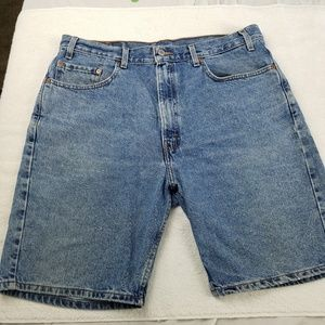 Mens Levi's 505 red tag Jean shorts 38 waist